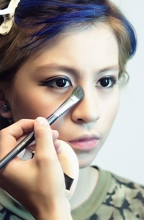 Trang điểm cho dáng mũi tẹt, ngắn và to như thế nào? 1