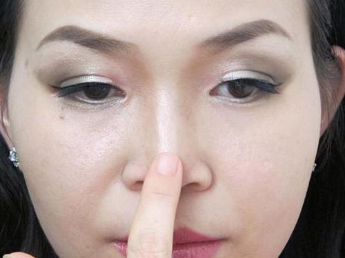Bài tập tranh thủ cho dáng mũi cao thẳng hơn 1
