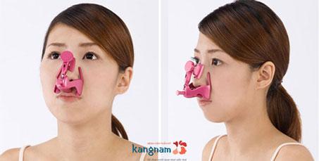 Mũi tẹt 3
