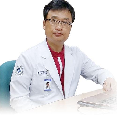 Giáo sư Kang Kyoung-Jin